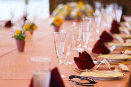 結婚式 披露宴 新郎新婦 神前式 人前式 チャペル ホテル 親族 家族