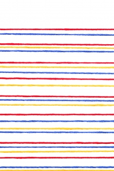 糸 紐 裁縫糸 刺繍糸 木綿糸 釦 ボタン 赤い釦 木綿 色 カラー ぼたん 素材 模様 パターン 材料 工芸 並ぶ 背景 テクスチャ 色とりどり 綿 趣味 裁縫 洋裁 刺繍 ライン カラフル 線 手芸 細い 繊維 縫製材料 縫製 縫う コピースペース 余白 白 白背景 白バック スタジオ撮影 イメージ 背景素材 背景イメージ 沢山 アップ クローズアップ 赤 赤色 黄色 青 青色