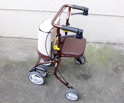 ケア カート 介助 介護 介護保険 介護用品 介護補助用品 歩行介助 歩行困難 歩行訓練 歩行補助 老人 老人 腰痛 膝痛 買い物