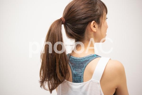 スポーツ女子のヘアスタイルの写真