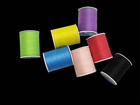 糸(切り抜き)の写真