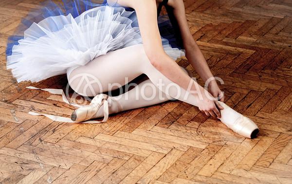 青いチュチュを着たバレリーナ 3の写真