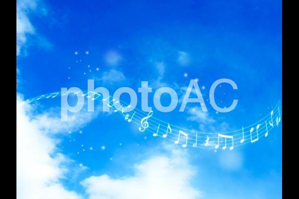 音楽のある空01の写真