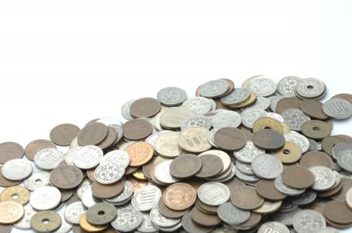 お金 金 硬貨 貨幣 小銭 円 日本円 日本通貨 通貨 経済 金融 銀行 財政 貯金 税 税金 消費税 おつり つり銭 ビジネス