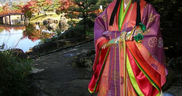 紫式部 公園 十二単