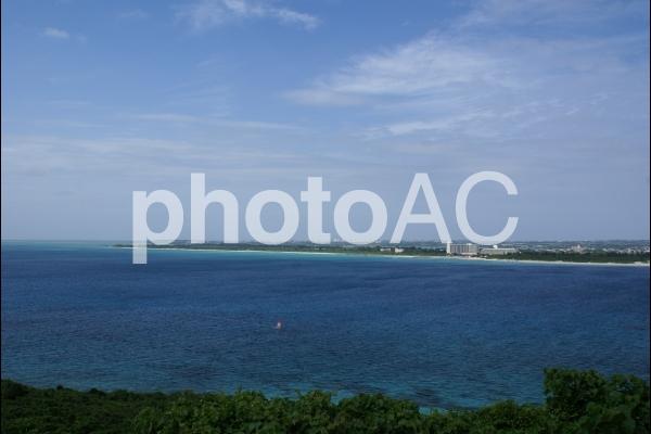 宮古島とヨットの写真