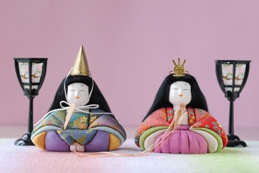 おひなさま おひな様 お雛様 ひな飾り 雛祭り ひな祭り ひな人形 雛人形 ひなまつり 木目込み ぼんぼり 3月 春 節句 人形 男女 カップル お内裏様 子ども 女の子 お祭り ピンク パステル 背景 壁紙 和 和柄 和風 日本 着物