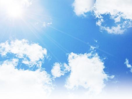 空 そら 青空 雲 くも sky 晴れ 太陽 太陽光 日光 紫外線 ブルー blue ふんわり バックグランド あおぞら 背景 テクスチャ 快晴 お天気 グラデーション uvカット 空気 お出かけ日和 行楽日和 水色 おだやか 白い雲 平和 暖かい 日差し 天日干し 布団を干す 見上げる 降水確率 お日様 清々しい おひさま 晴れ渡る お天道様 おでかけびより ポカポカ陽気 sun ぽかぽか陽気 初夏 sun サン ブルースカイ 小春日和 屋外 野外 昼下がり 上空 洗濯日和 おてんとさま