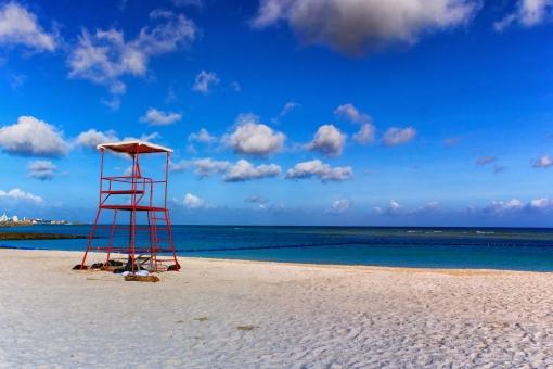 沖縄 トロピカルビーチ ビーチ リゾート 砂浜 海 青空 夏 夏休み 宜野湾市