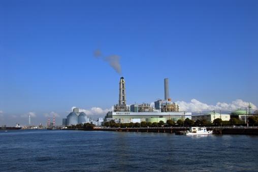 横浜市 磯子区 火力発電所 海 空 風景