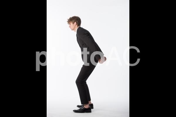 ポーズを取る男性6の写真
