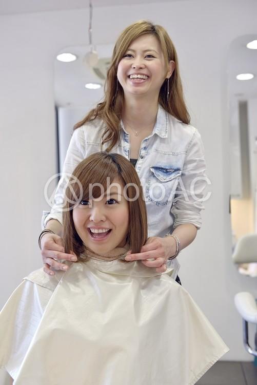 美容室 客と美容師36の写真