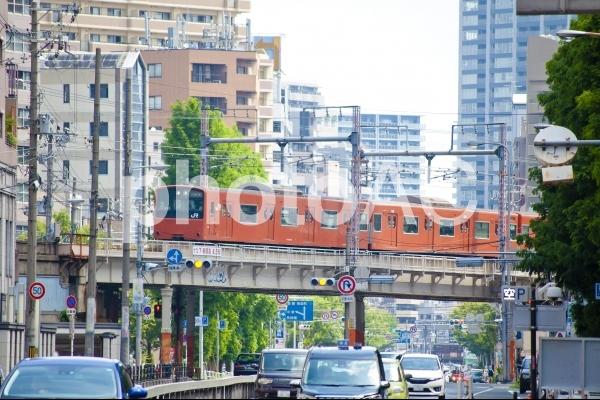 大阪環状線の電車の写真
