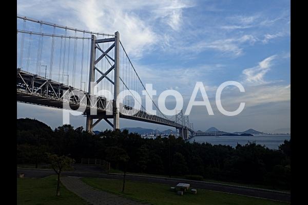 夕暮れ時の瀬戸大橋(与島にて)の写真