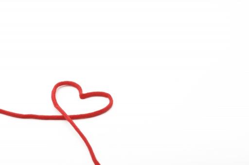 ハート 赤 糸 赤い糸 恋 愛 恋愛 恋人 家族 夫婦 カップル 結婚 ウエディング ブライダル 絆 好き ハッピー 白バック 白背景
