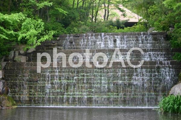 四国村の染が滝の写真