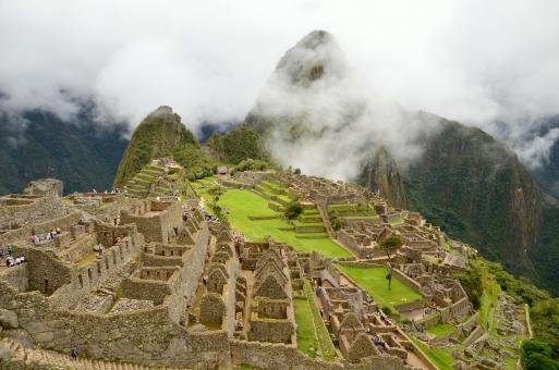 マチュピチュ 世界遺産 遺跡 インカ帝国 海外 山 雲 緑