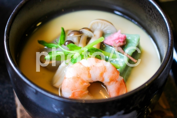 季節の茶碗蒸しの写真