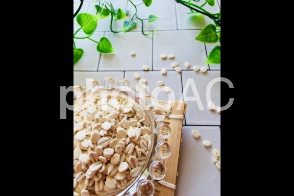 押し麦の写真