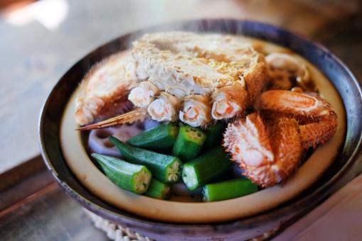 毛ガニ けがに ケガニ 毛蟹 カニ かに 蟹 鍋 なべ ナベ 冬 料理 土鍋 海鮮 蟹爪 かにつめ 食卓 食事 野菜 蒸し蟹