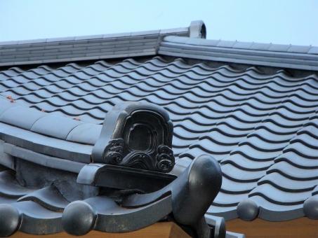 瓦屋根の「釉薬」と「無釉薬」とは?の参考画像