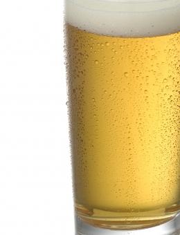 ビール ビールのアップ 水滴 冷たい 冷えたビール ビールのシズル ブルー パターン グラス 背景