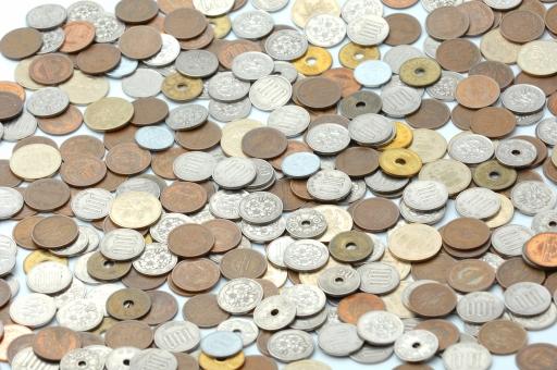 お金 金 硬貨 貨幣 小銭 円 日本円 日本通貨 通貨 経済 金融 銀行 財政 貯金 税 税金 消費税 へそくり おつり つり銭 ビジネス