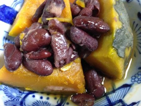 かぼちゃの煮物 かぼちゃ 南瓜 煮物 野菜 金時豆 和食 家庭料理 おかず 総菜
