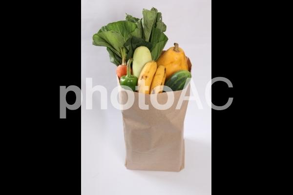食材買い出し 紙袋2の写真