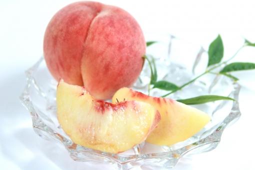完熟もも 桃 モモ カット桃の写真