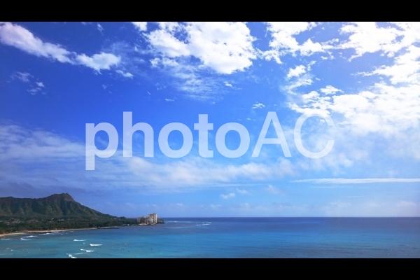 ハワイ オアフ島 ダイヤモンドヘッド 空と海の写真