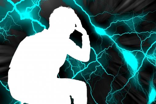 男性 人物 座る 全身 健康 首 筋肉 健康管理 予防 虫歯 風邪 病気 走る 肩こり 肩凝り おじいさん 疲れ 薬 頭痛 体調不良 頭 疲労 腰痛 患者 椎間板 ヘルニア リウマチ リューマチ 神経 障害 苦痛 悩み 医学 脊髄 関節炎 ぎっくり腰 痛い 痛み 老後 関節痛 毒 人 電気 危険 ネットワーク 導体 工学 反射 光沢 光 光学 金属 薬剤 メディカル 医療 治療 検査 サイエンス 科学 診察 疾病 人体 体 目 ライト リハビリ 後遺症 麻痺 診断 ケア テクスチャ 身体 骨 雷 落雷 稲妻 閃光 反応 怒り ストレス 腰 捻挫 電流 稲光 電光 閃き 薬物 ヘルスケア 緊張 不安 電波 閃く 歯痛 病人 心配 レントゲン 背骨 健診 傷害 腹痛 激痛 ホスピタル クリニック 病 ガン リスク ひらめく 頭脳 癌 損傷 体調 めまい 予感 眼精疲労 疲れ目 筋肉痛 過労 ビリビリ 眩暈 不眠 ヒラメキ 静電気 脳 片頭痛 頸椎 関節 倦怠感 感染 自律神経 びりびり マヒ ピリピリ 脳みそ 疾患 電撃 炎症 痺れ 関節リウマチ 痺れる 不眠症 トラウマ 睡眠障害 憎悪 憎しみ しびれ 末期癌 抑うつ 線維筋痛症