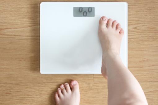 体重計の写真素材|写真素材なら「写真AC」無料(フリー)ダウンロードOK