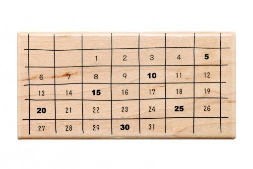 カレンダー 日付 日付け 月 週 日 月間 数字 曜日 一月 一ヶ月 1か月 1ヶ月スケジュール 表 計画 日記 記録 予定 季節 生活 イベント テンプレート ます目 スティルライフ イメージ オブジェクト はんこ ハンコ 文房具 事務用品 素材 木 木材 材木 木製 雑貨 日用品 白バック 白背景 アップ スタジオ撮影 無人 無地背景