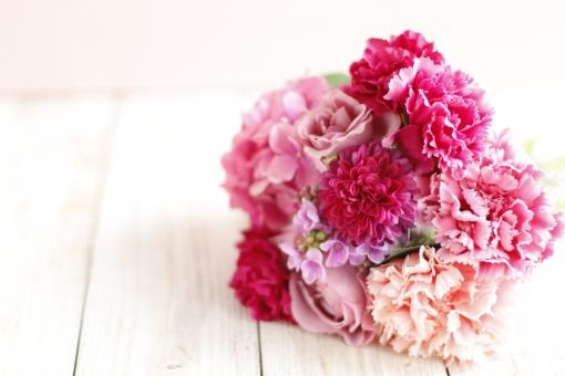 植物 プレゼント 花 カーネーション フラワーアレンジ ママ お母さん 母 フラワーアレンジメント 母の日 花柄 Thank you 感謝 造花 花束 ありがとう コサージュ アーティフィシャルフラワー 花のある暮らし ピンクの花束 お母さんありがとう ボタニカル ピンクのカーネーション 母の日のカーネーション mother'sday 母の日のプレゼント カーネーションの花束 母の日の贈り物 フラワークラフト フラワー雑貨