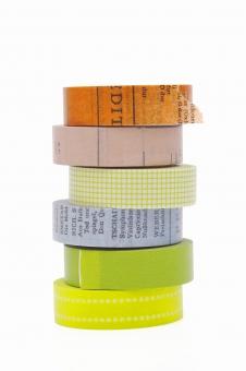 マスキングテープ マスキング 目張り 目貼り テープ 紙テープ クラフト 文房具 工芸 趣味 アート デザイン クラフトテープ スクラップブック スクラップブッキング 文具 事務用品 用品 質感 紙 紙製品 ロール 模様 カラフル 色とりどり 色 カラー 材質 素材 白バック 白背景 スタジオ撮影 余白 積む 複数