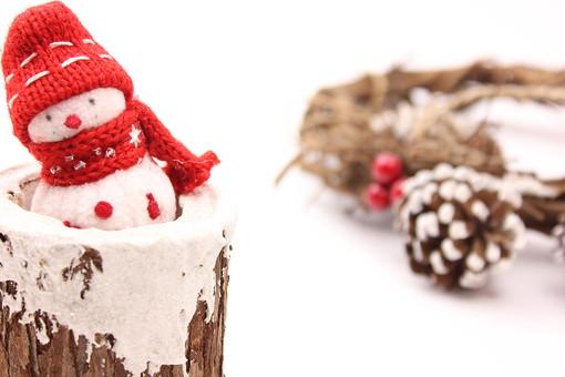 クリスマス クリスマスイメージ イベント 行事 オーナメント クリスマスオーナメント 冬 飾り 雪だるま ゆきだるま 切り株 木 きり株 木 雪 松 まつぼっくり リース クリスマスリース ヒイラギ クリスマスホーリー