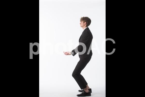 ポーズを取る男性19の写真