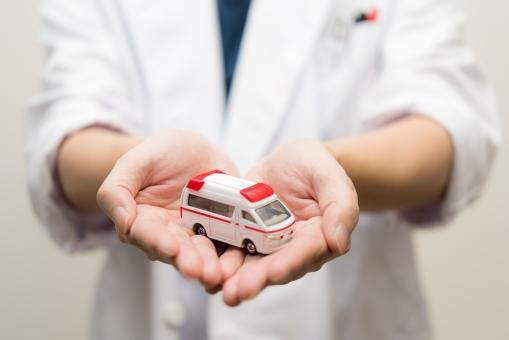 ドクター 救急車 救命 消防署 医者 病院 命 医師 薬 助ける ドクター 車 ヘルプ けが 事故 レスキュー クリニック 病気 急ぐ サイレン