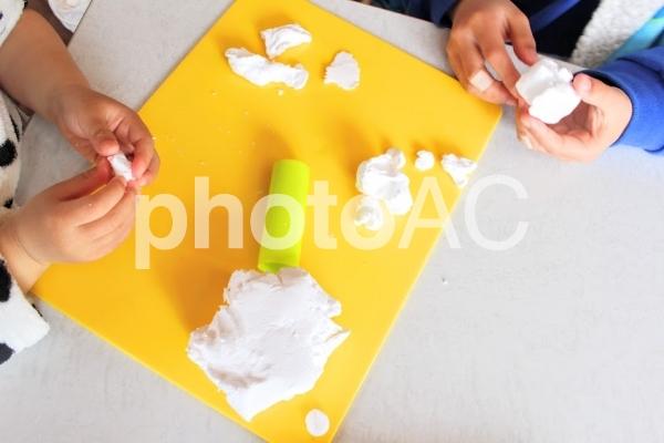 粘土遊びの写真