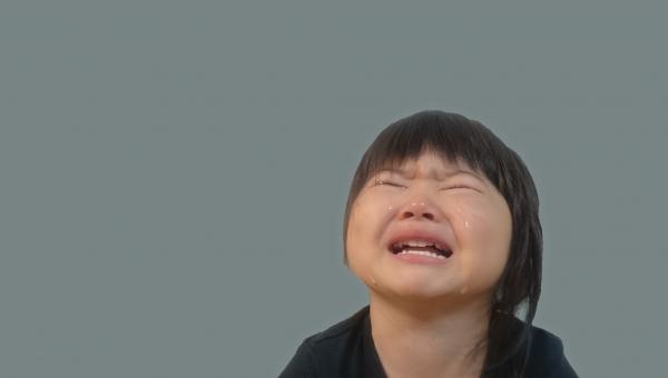 子供 泣き顔 背景なし 女児 号泣 日本人 girl child kids face crying japanese 幼児 涙 園児