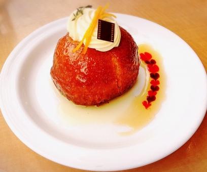 ケーキ スィーツ cake teatime savarin サバラン デザート 美味しい カフェ 洋酒 おやつ コーヒー
