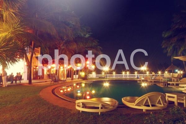 ベトナム ホイアン ナイトプールの写真