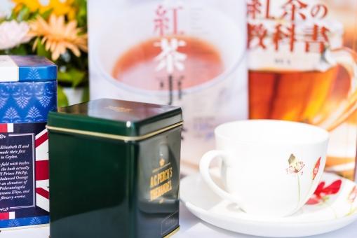 紅茶 紅茶教室 教室 ブレイク おいしい ティー 飲み物 飲料 カップ 缶 参考書 本 趣味 花