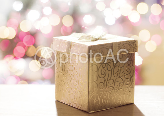 クリスマスプレゼントの箱の写真