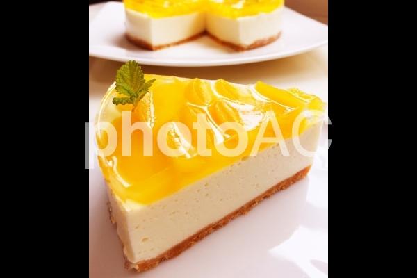 黄桃ヨーグルトチーズケーキの写真