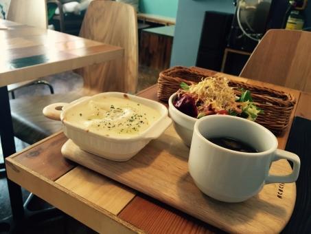 カフェ 自由が丘 ランチ 飲食店 ランチ レストラン カフェめし カフェ飯 ラザニア スープ サラダ