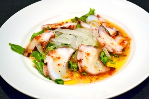 タコ たこ 蛸 カルパッチョ 魚 魚料理 イタリアン グルメ 料理 オリーブオイル サラダ ドレッシング たまねぎ 玉ねぎ 無人