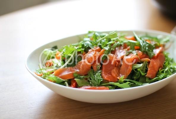 サーモンのサラダ1の写真