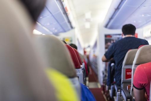 飛行機の機内の写真